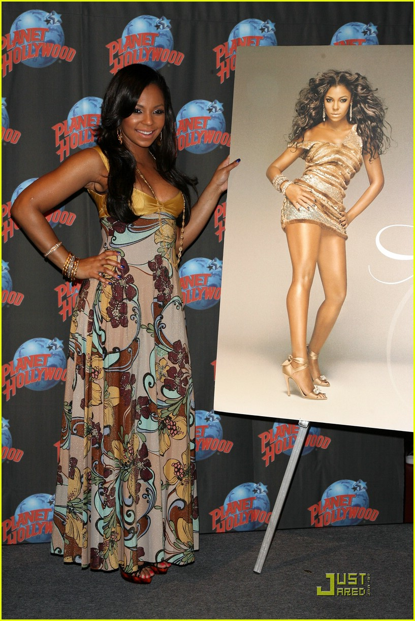 ashanti planet hollywood 141181171