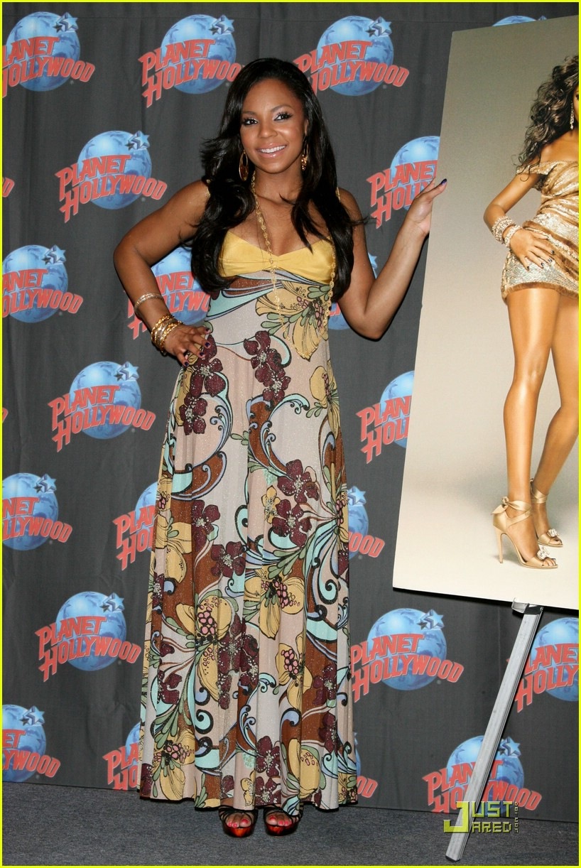 ashanti planet hollywood 241181271