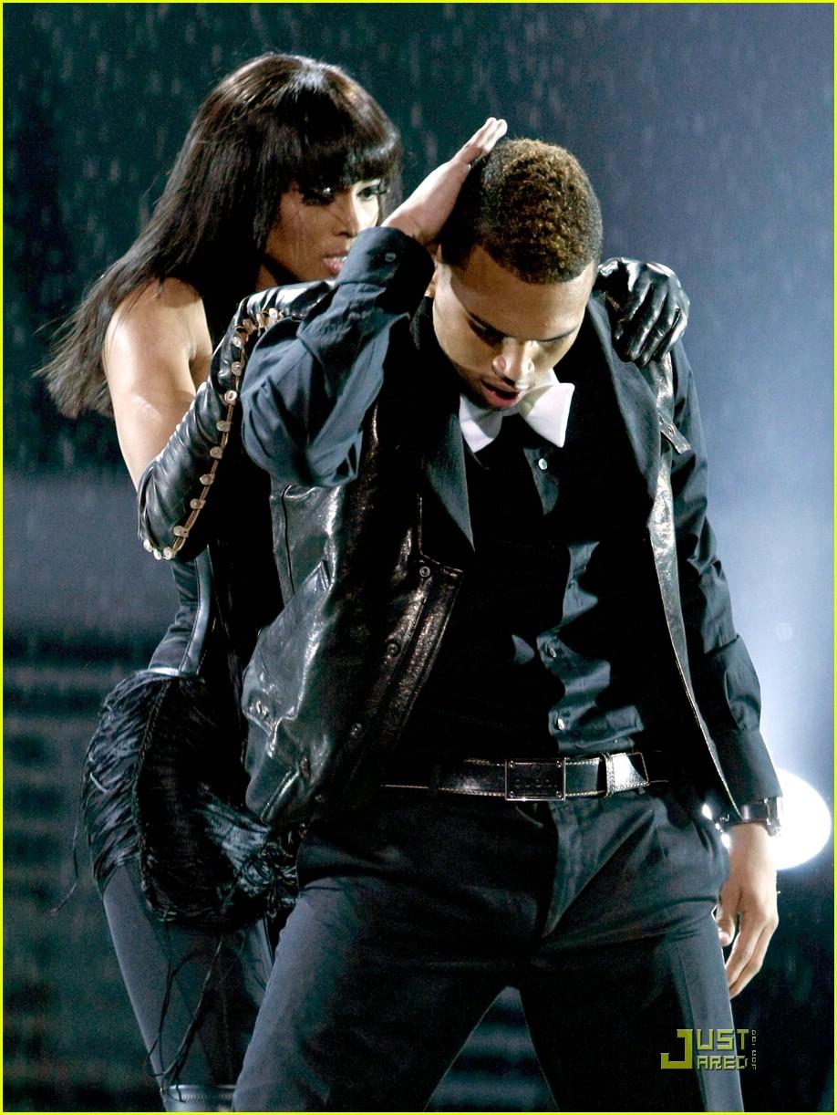 Chris Brown Is With You Ciara Photo 1226051 Chris