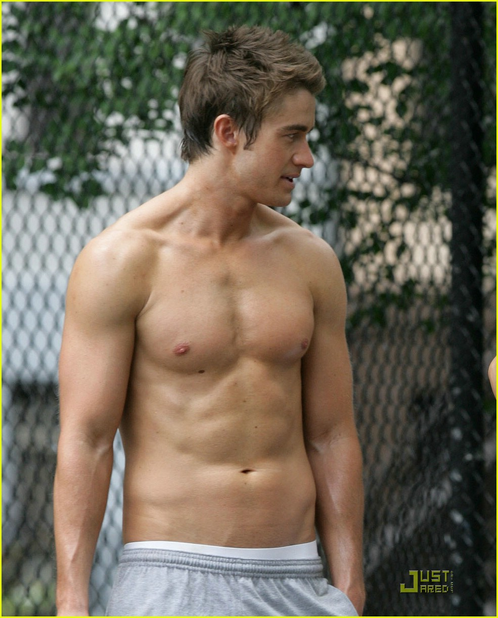 robert buckley hot 27