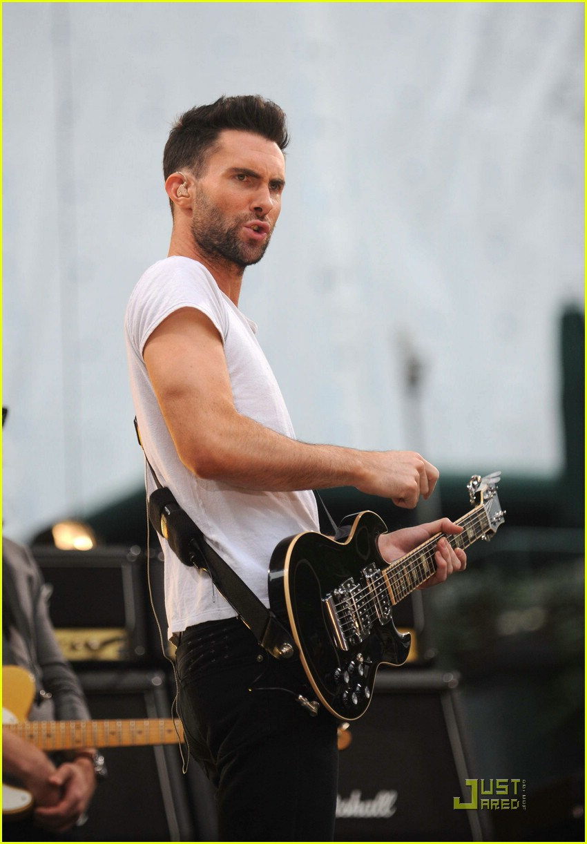 adam levine good morning america 02