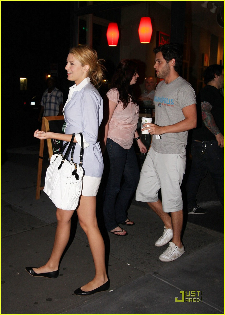 blake lively penn badgley tortilla flats 06 Blake Lively