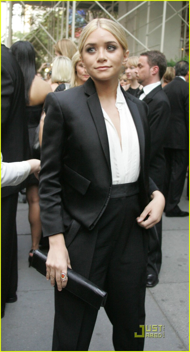 ashley olsen cfda fashion awards 01
