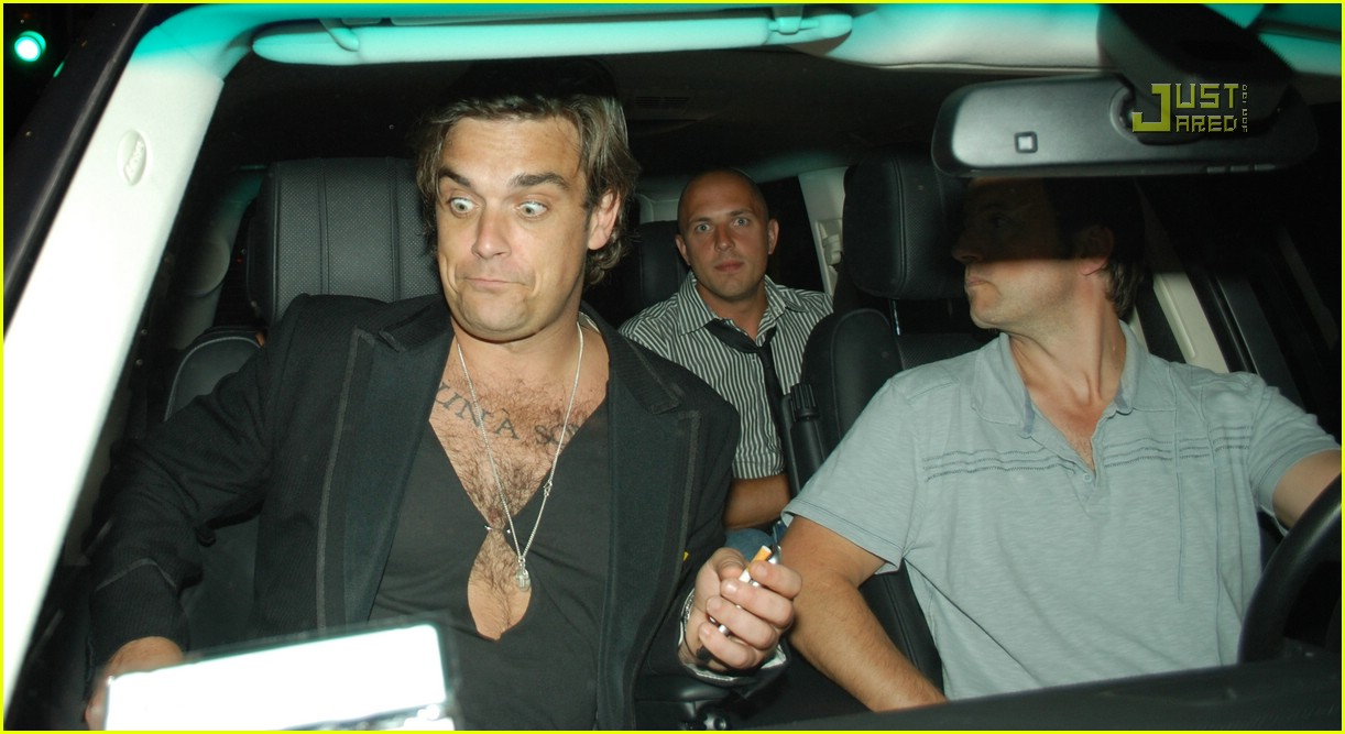 robbie williams chest hair 051207501
