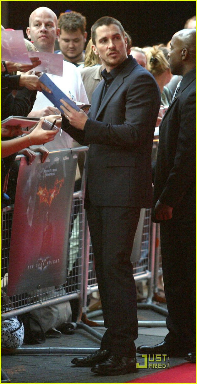 christian bale dark knight uk 081290431