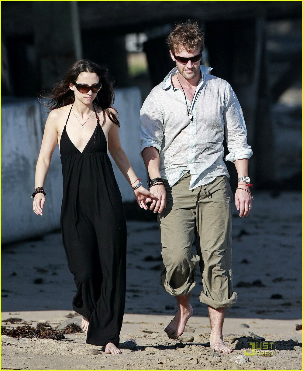 james van der beek wedding anniversary 011252451