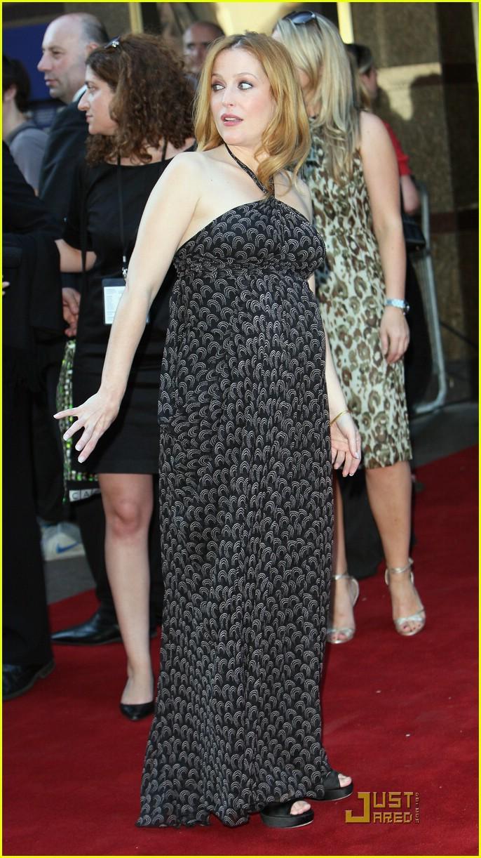 Gillian Anderson's Bri...