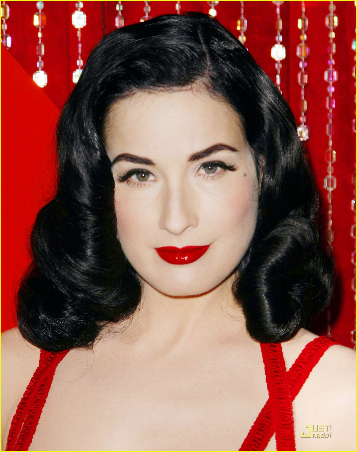 full sized photo of dita von teese poker stars 10 photo 1256921