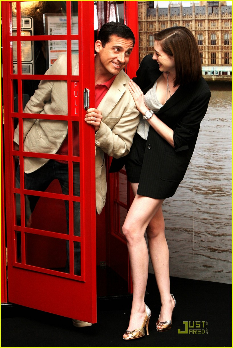 anne hathaway phone booth 041262321