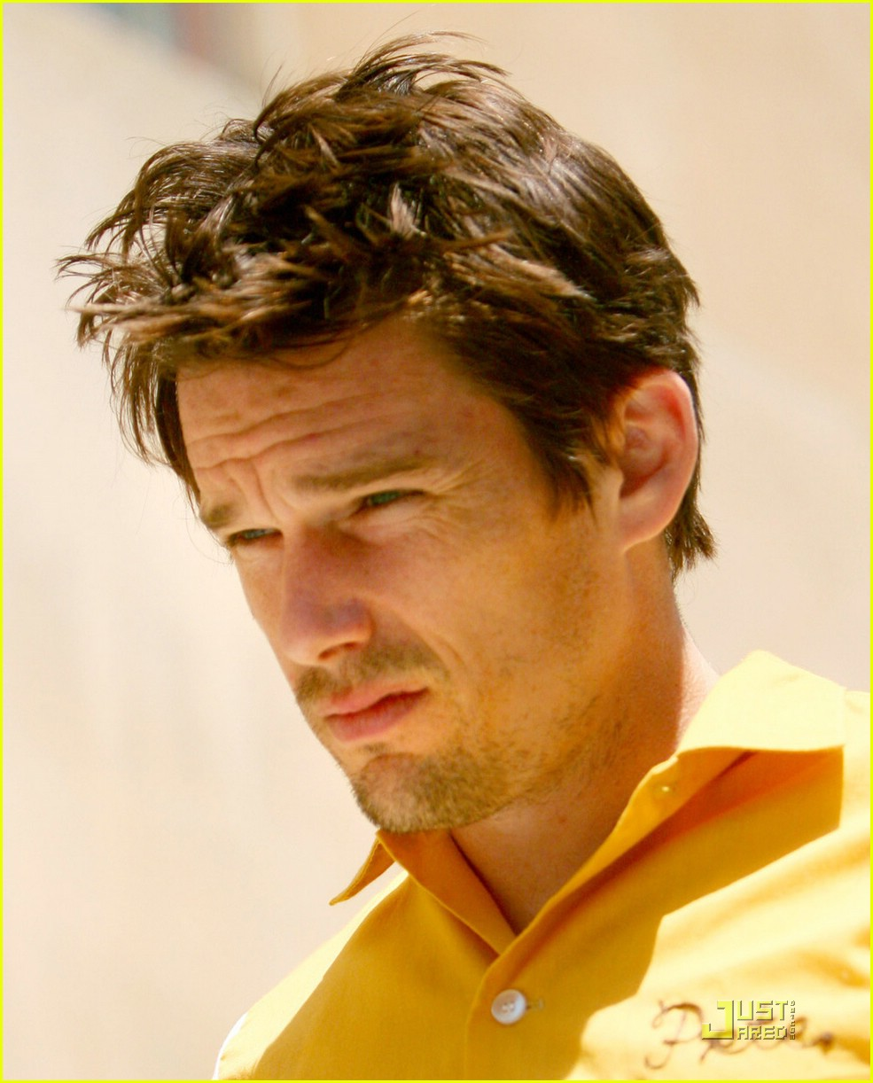 ethan hawke wedding ring 05