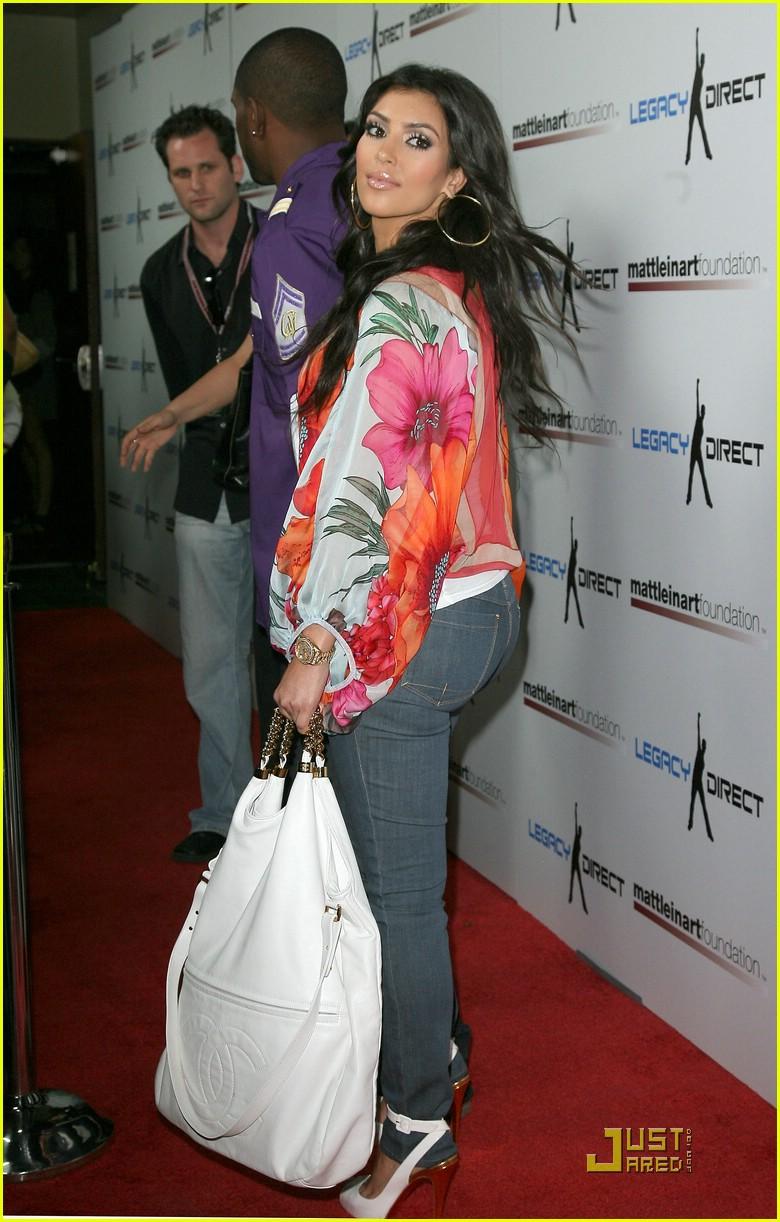 kim kardashian celebrity bowling 18