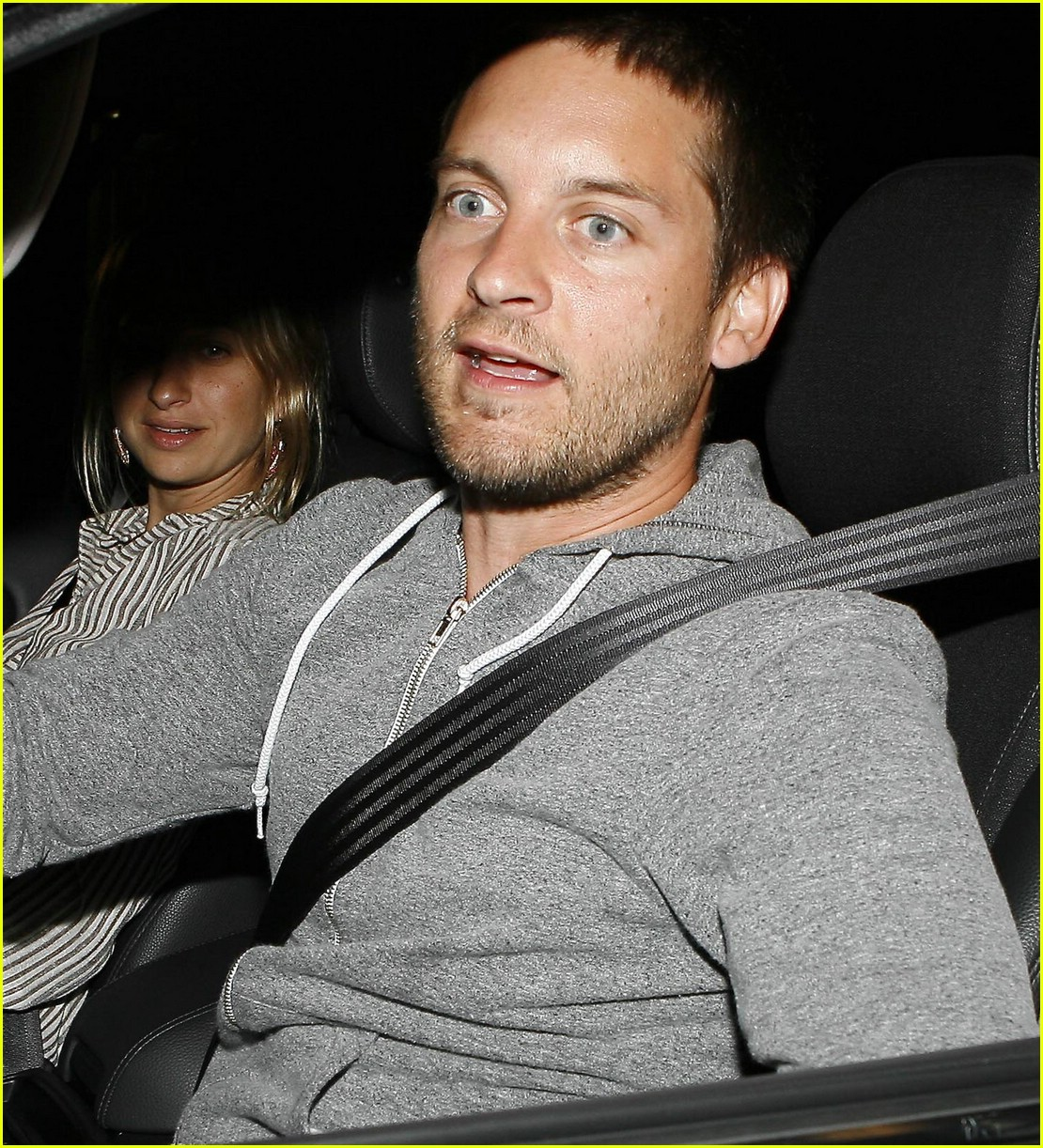 Tobey Maguire Gets Spidey Scary: Photo 1262051 | Jennifer Meyer, Tobey ... Tobey Maguire