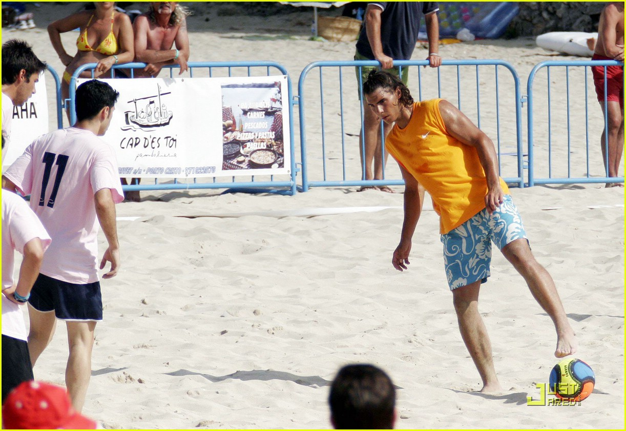 rafael nadal beach 06