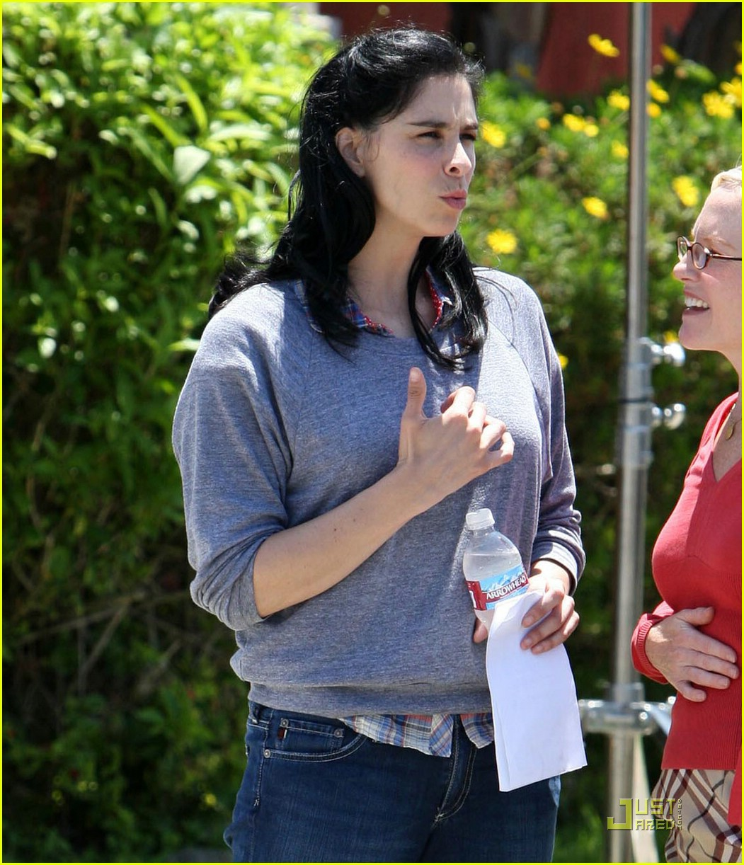 sarah silverman single smiling 051295401