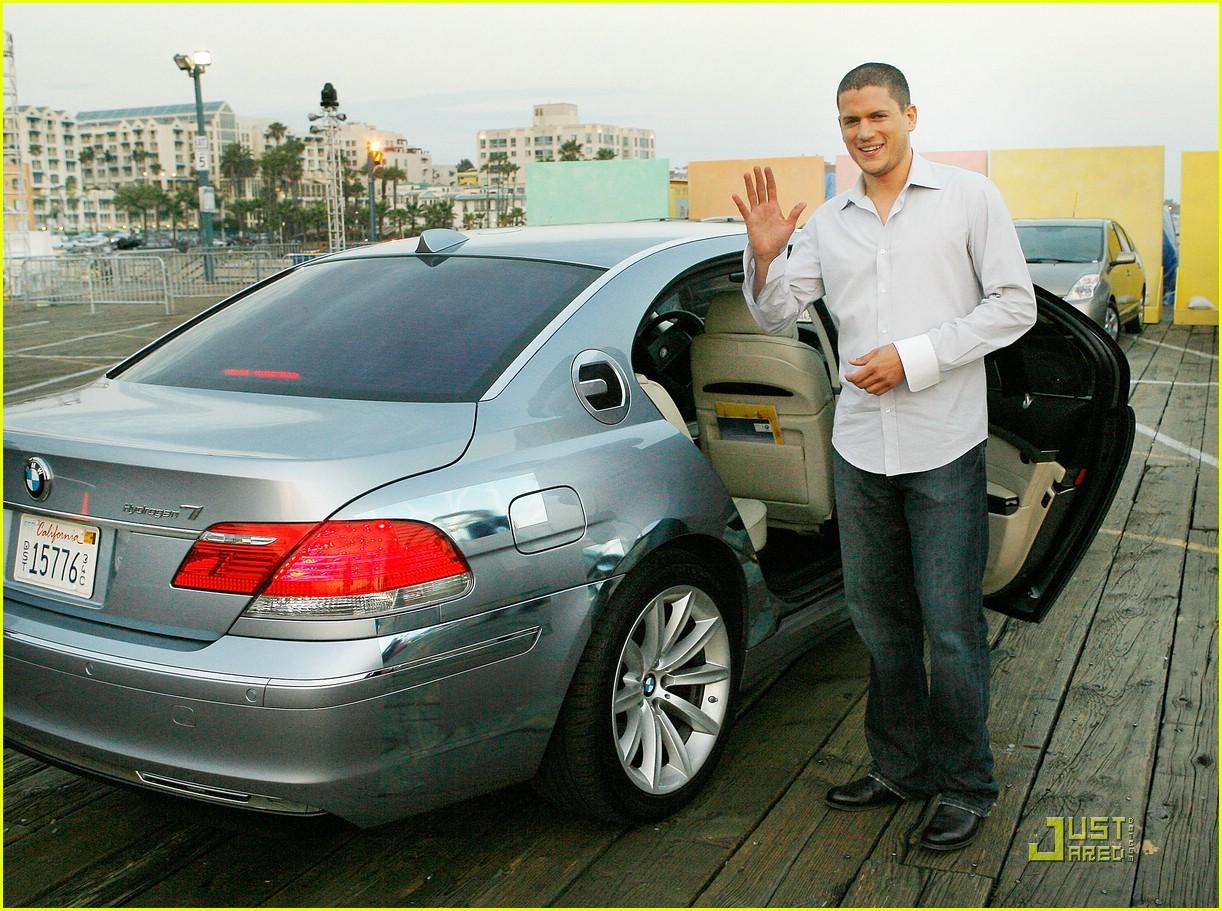 2018 bmw wentworth. perfect bmw wentworth miller is hyped on hydrogen photo 1270621   pictures just jared throughout 2018 bmw wentworth l