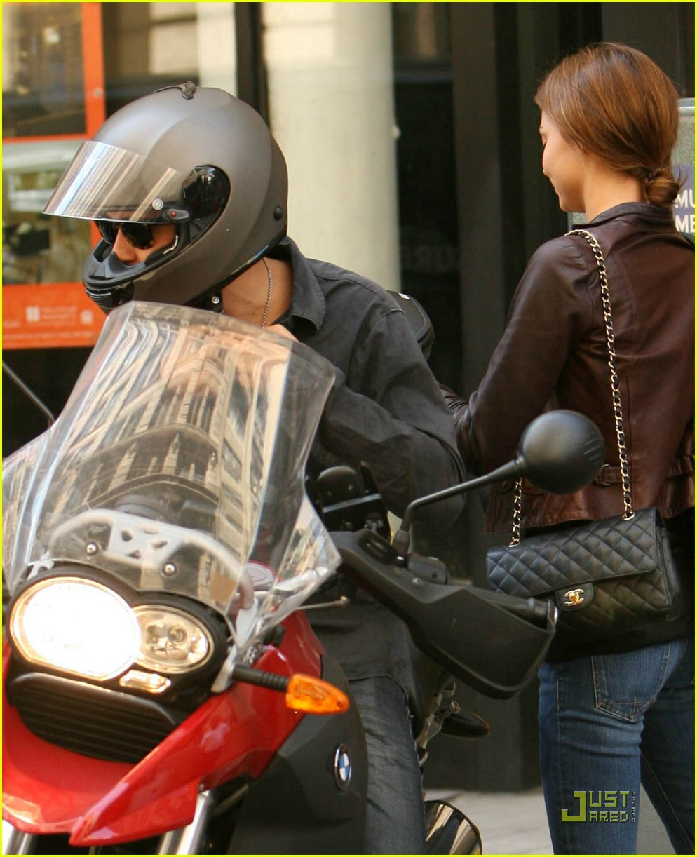orlando bloom motorcycle 05
