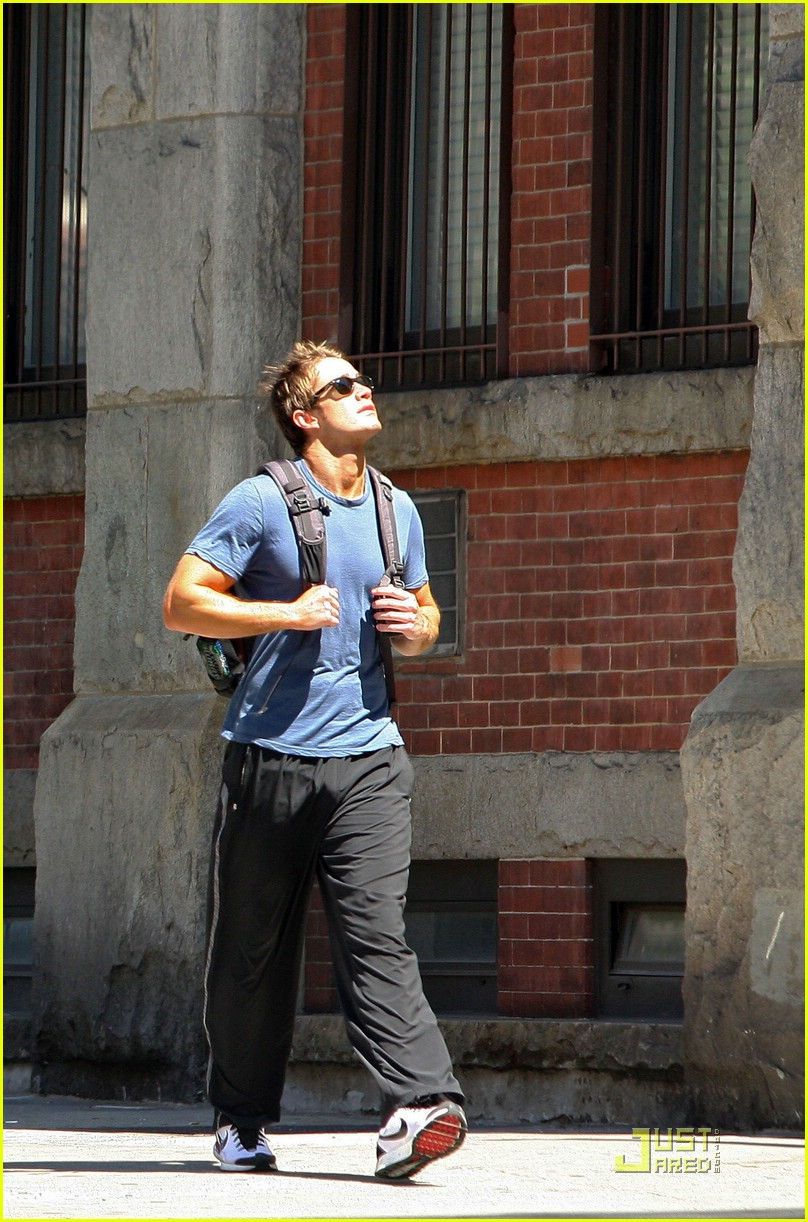 robert buckley soho 05