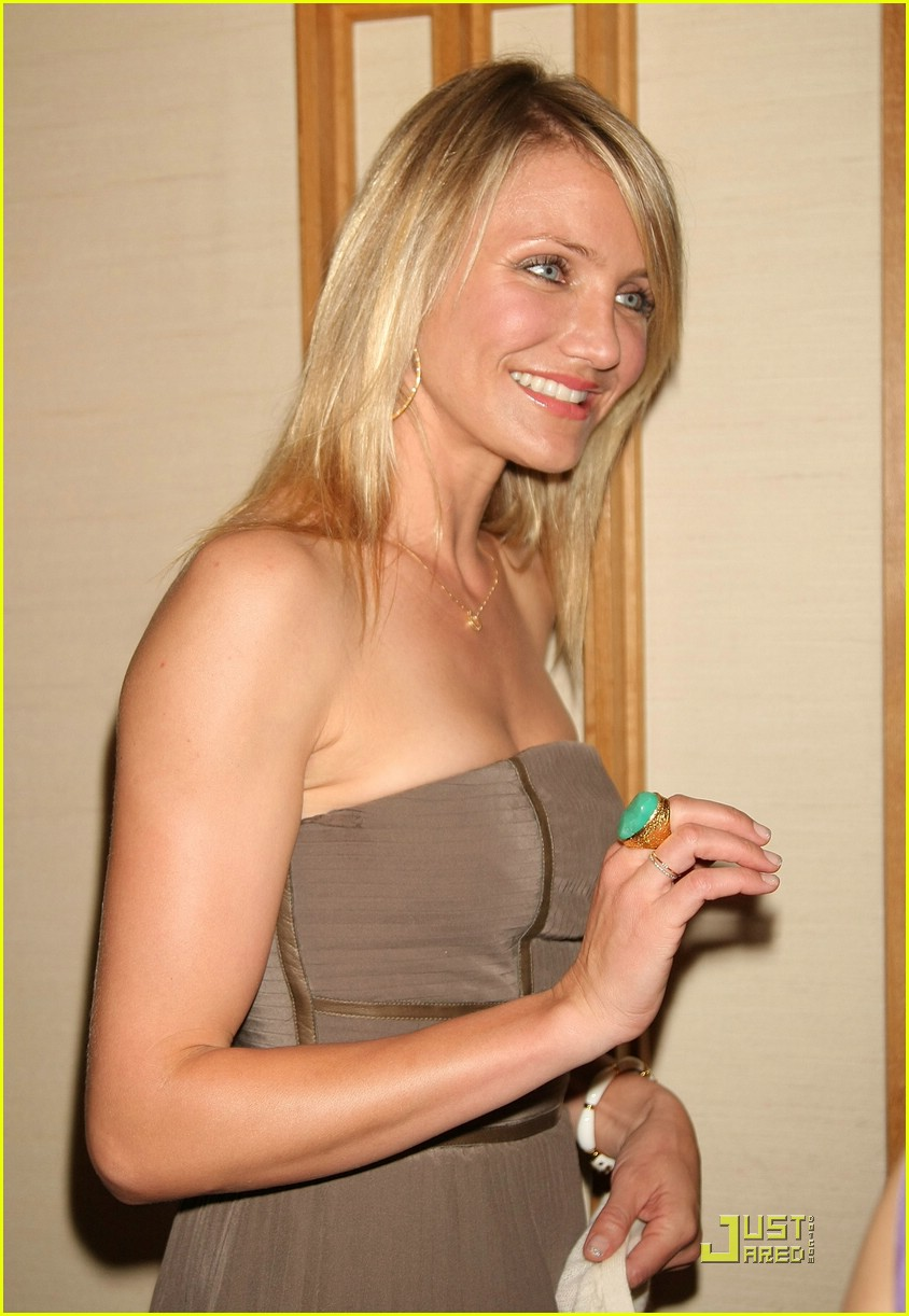 cameron diaz ashton kutcher tokyo 24