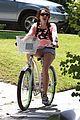 miley cyrus likes bikes 01