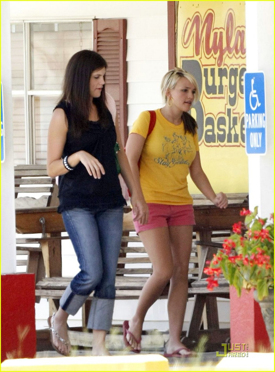 jamie lynn spears maddie checkup 07