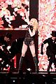 madonna sticky and sweet tour pictures 65