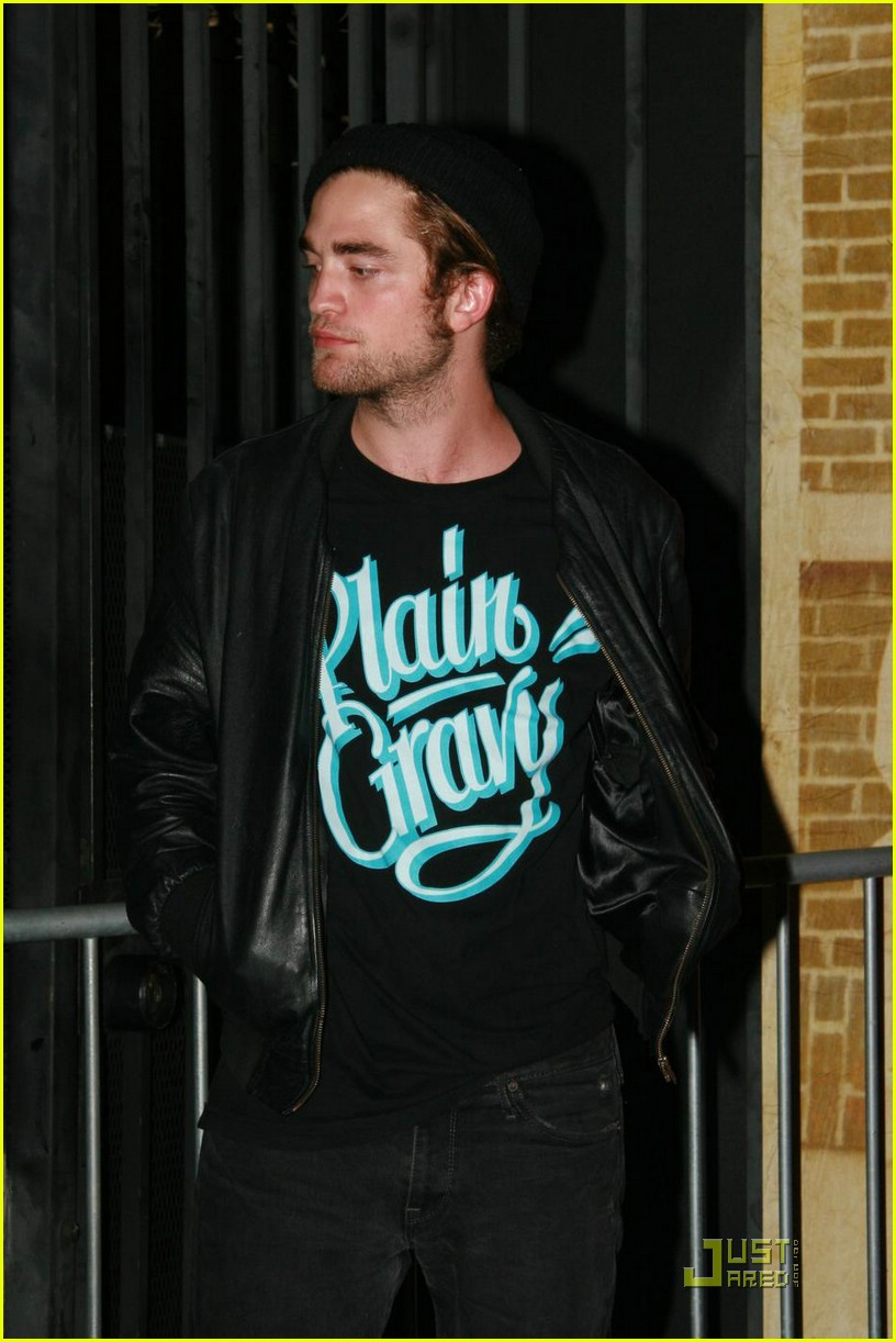 robert pattinson plain gravy 07