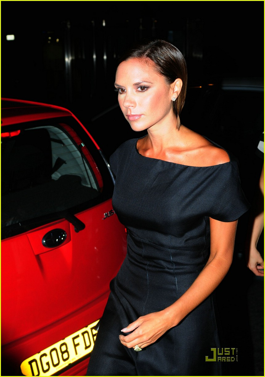 victoria beckham perfume launch 21