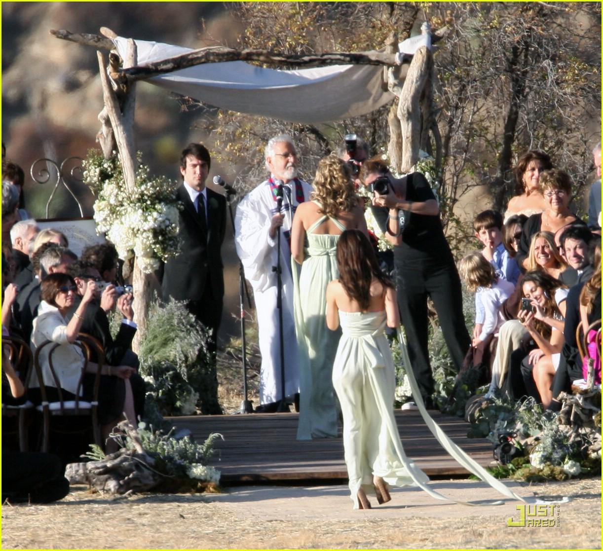 rachel bilson bridesmaid 031433071