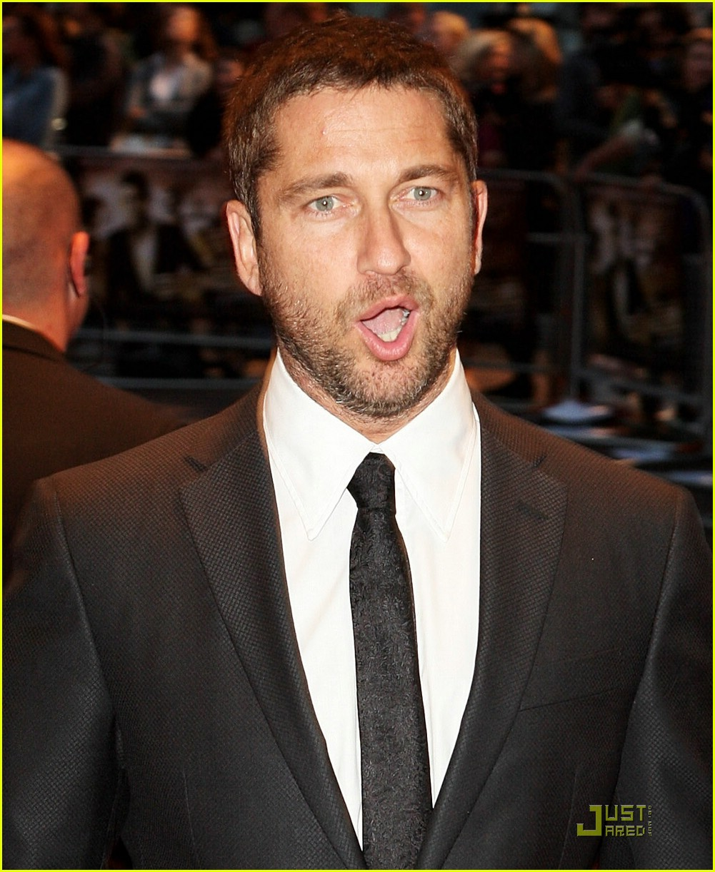 Full Sized Photo of gerard butler rocknrolla premiere 01 ... Gerard Butler