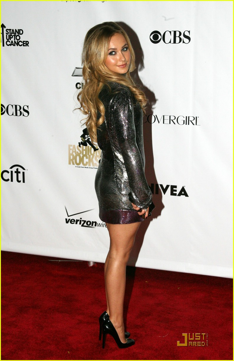 hayden panettiere peace party 14