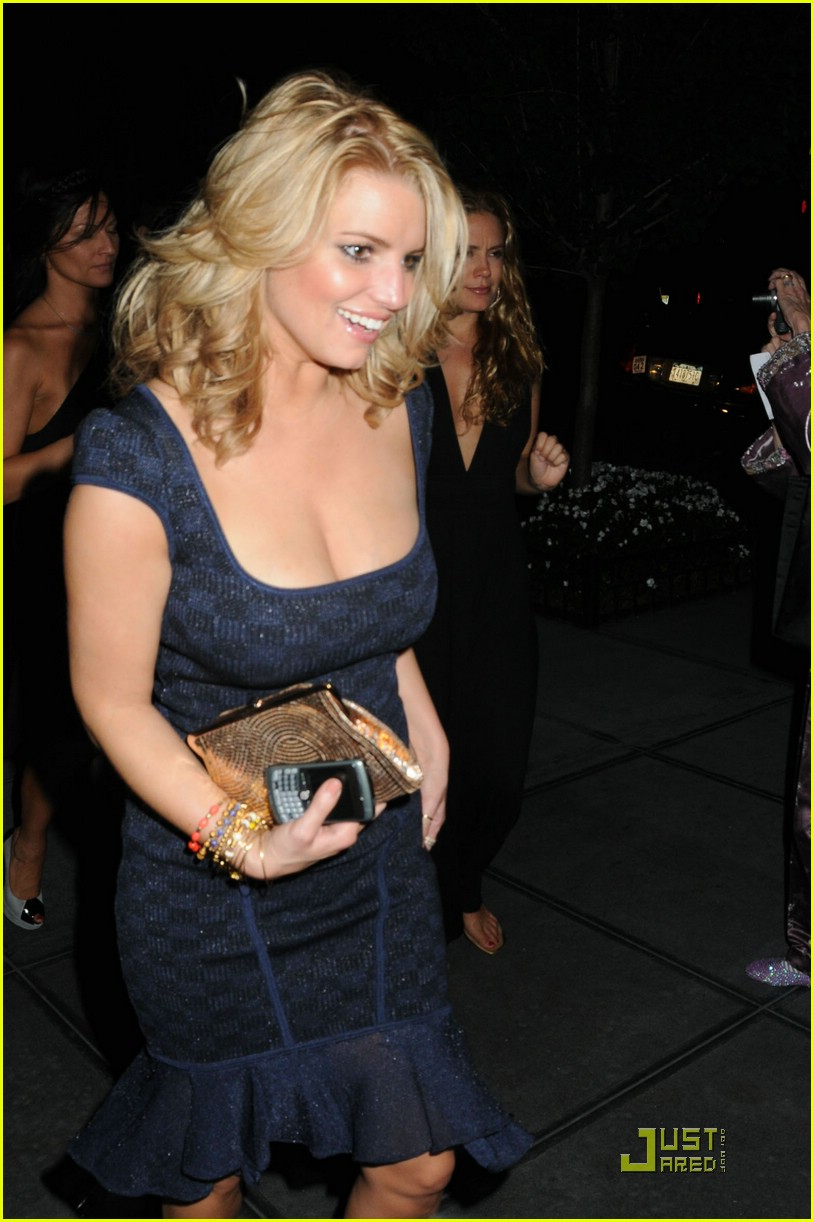 jessica simpson post party 03