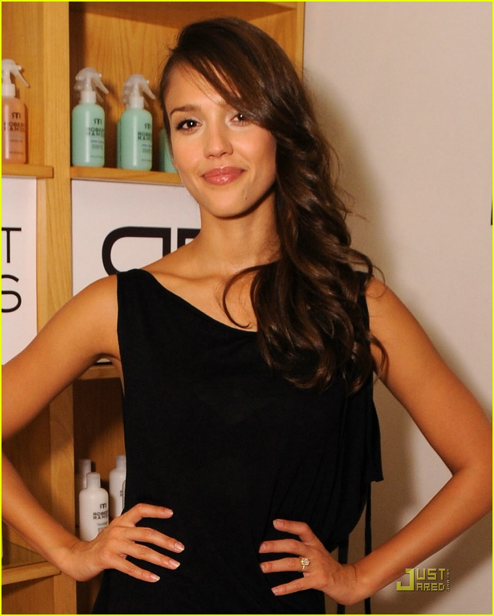 jessica alba robert ramos 13
