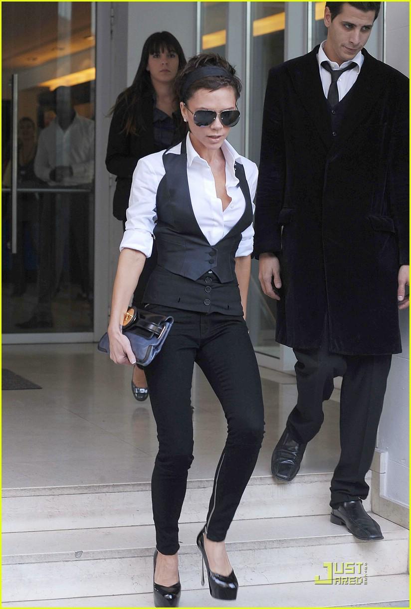 Full Sized Photo of victoria beckham marc jacobs stilettos ... David Beckham