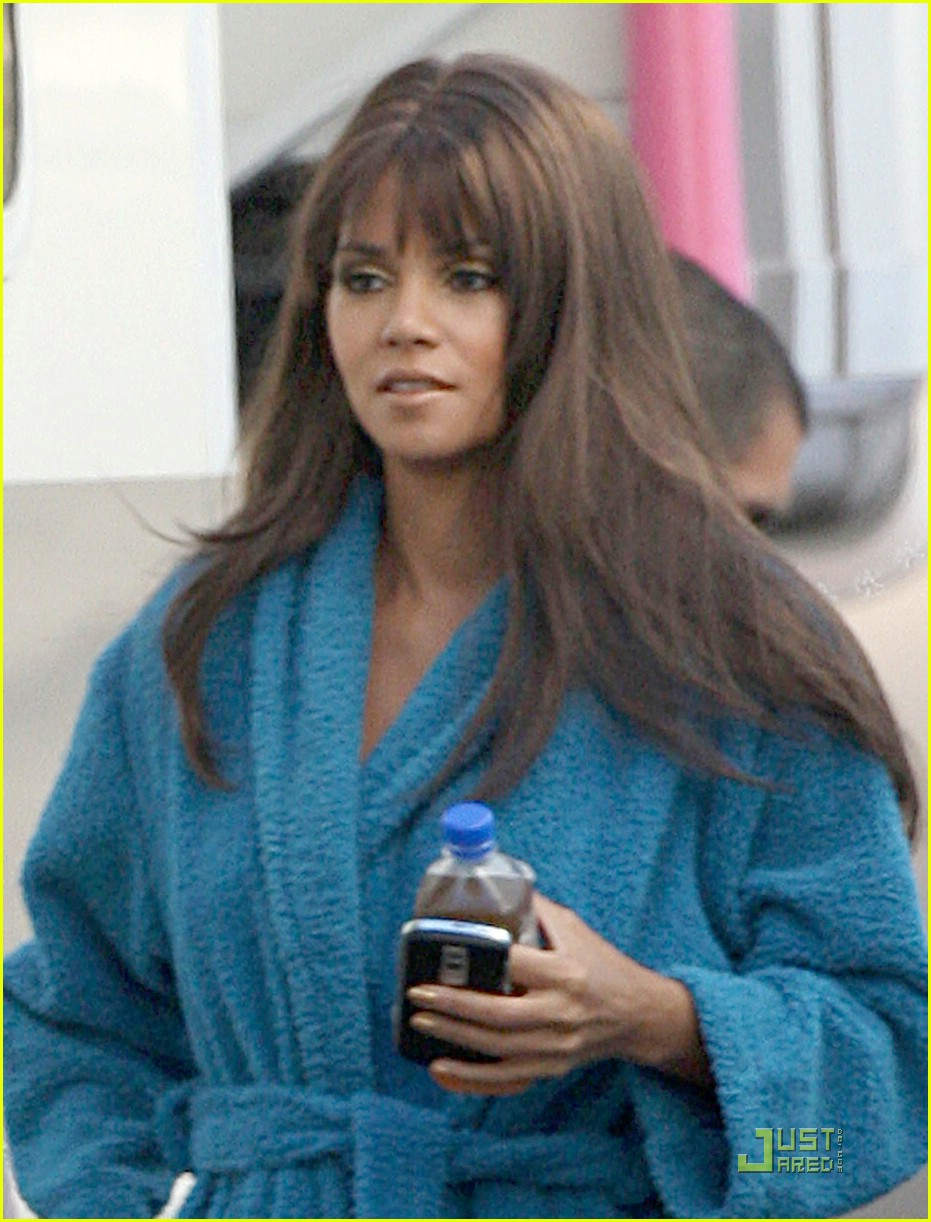 halle berry hair today gone tomorrow photo 1516861 halle berry pictures just jared