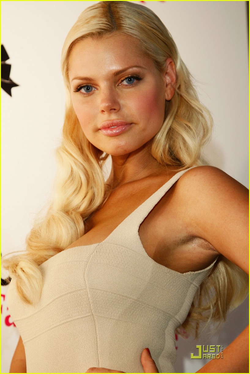 Sophie Monk Launches Hollywood Fashion Shapes Photo 1475261 Sophie Monk Pictures Just Jared