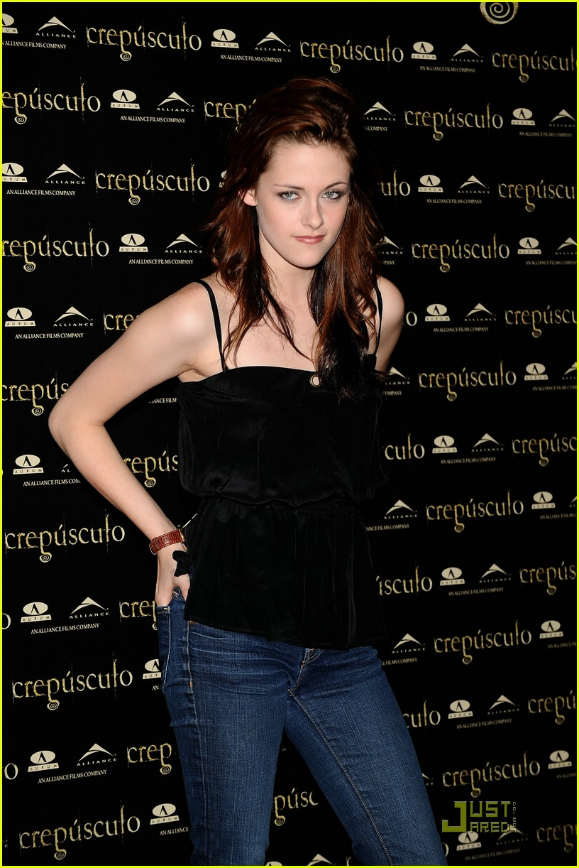 kristen cam madrid twilight 05