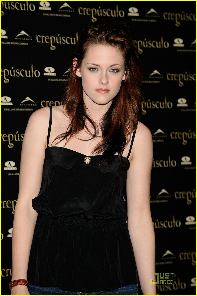 kristen cam madrid twilight 33
