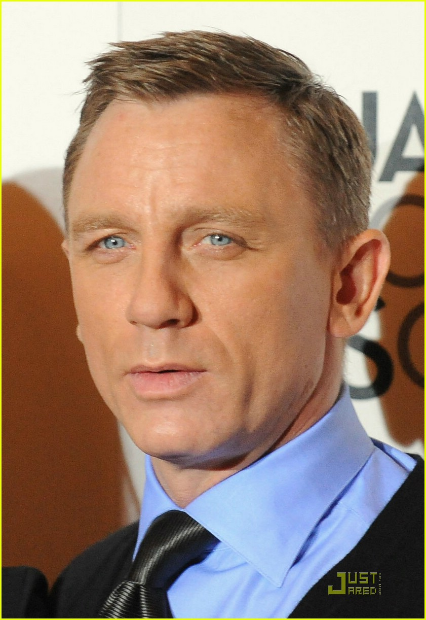 Daniel Craig Haircut Back daniel craig: the next bond should be black ...