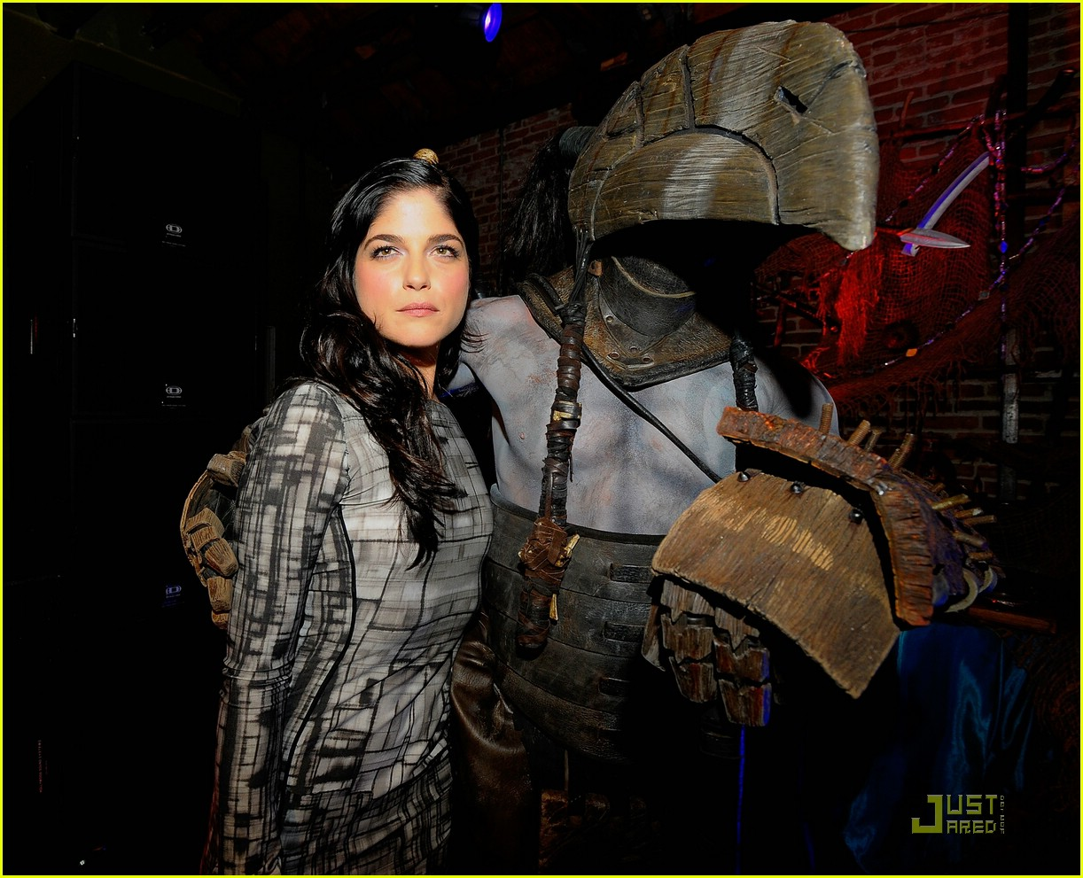 selma blair hellboy 2 15