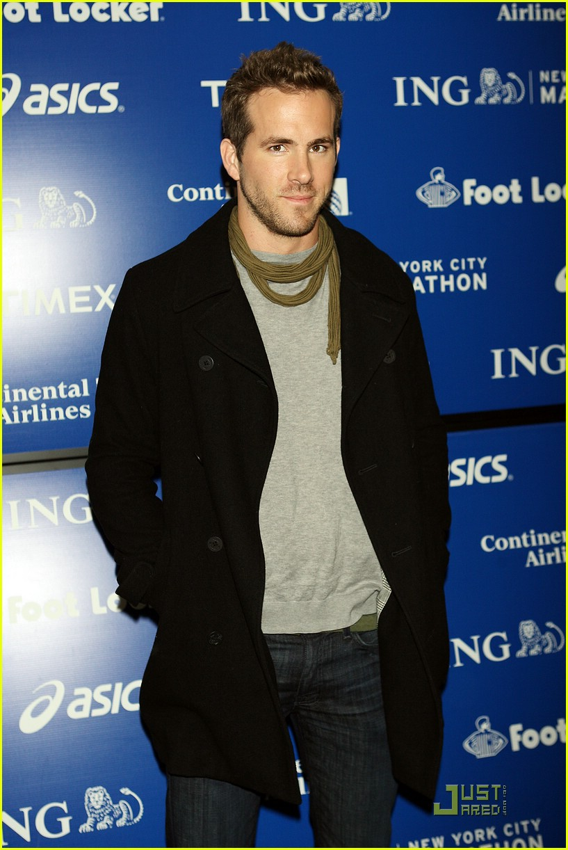 ryan reynolds nyc marathon 23