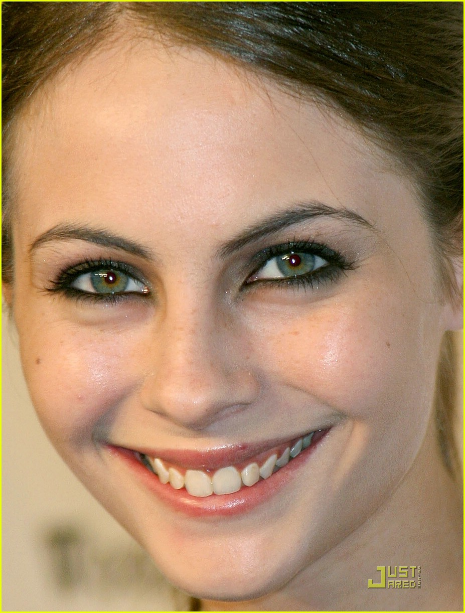 willa holland oxfam party 01