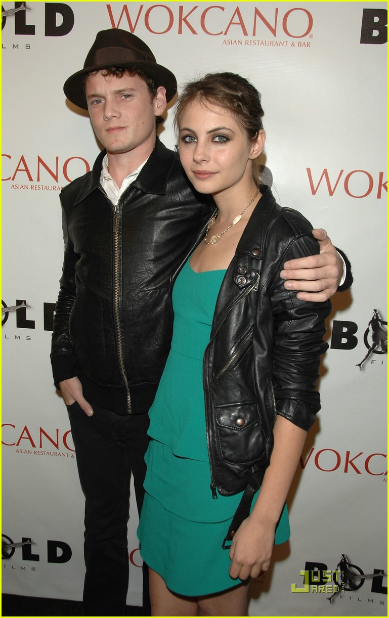 anton yelchin dating As for his love life, yelchin's last reported relationship was with actress imogen poots and famous fix reports the two having started dating in 2011 we have not seen reports of the actors themselves, confirming the relationship both poots and yelchin starred in two movies together – green room (2015) and fright night (2011).
