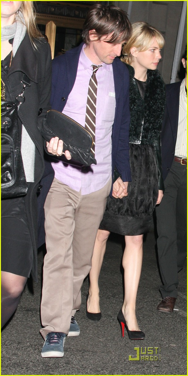 michelle ingrid williams dating Along with her boyfriend, actor jason segel, the american actress michelle ingrid williams purchased a warehouse apartment in new york city in the first half of 2012.