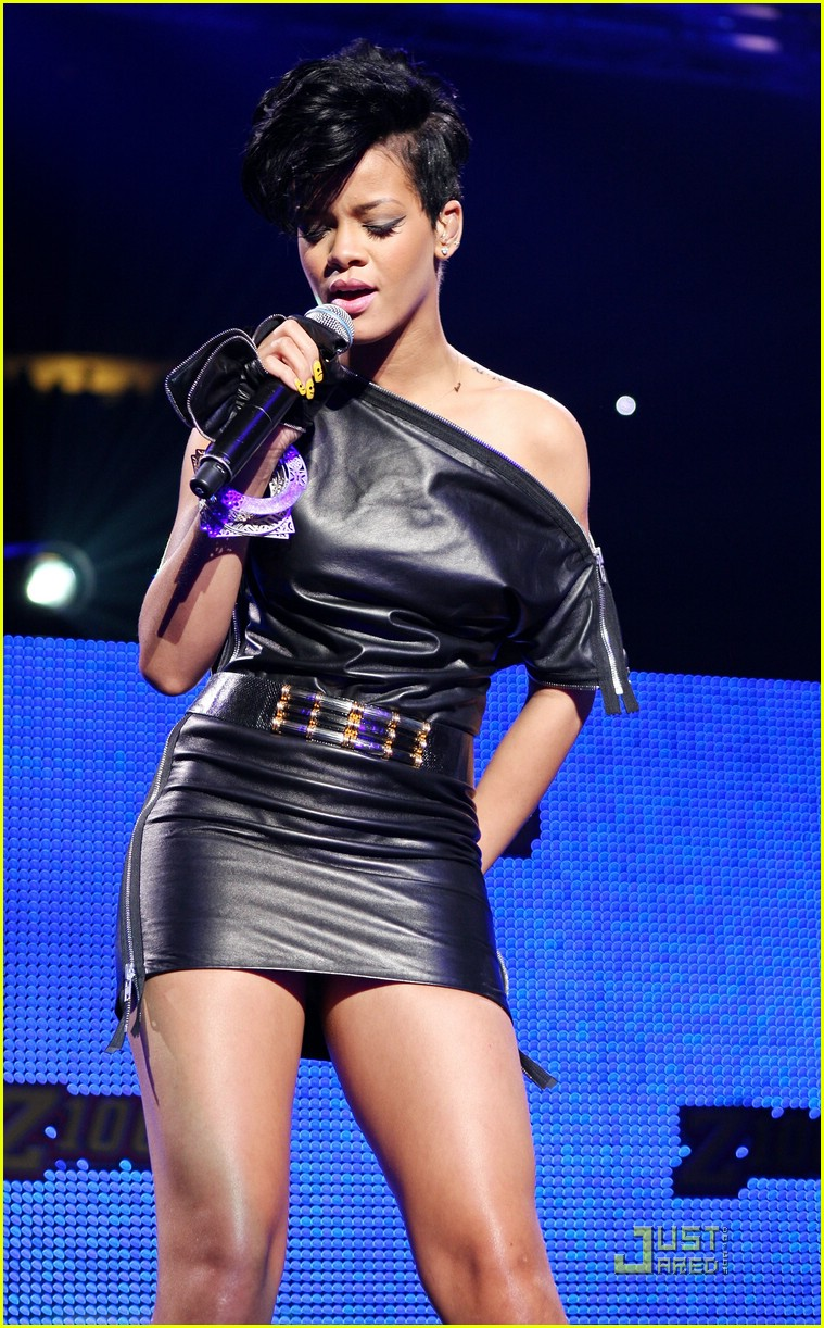 rihanna chris brown 2008 jingle ball 131595031