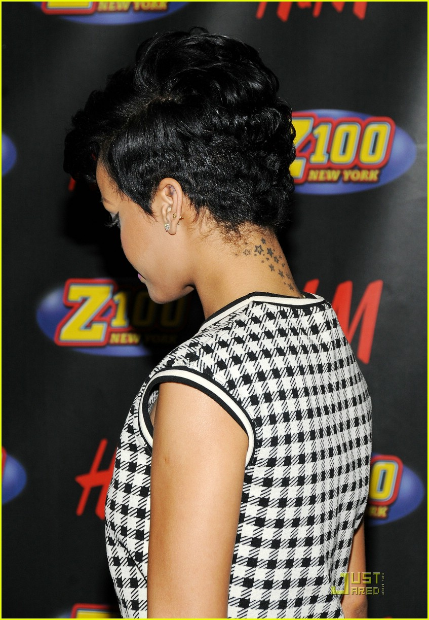 rihanna 2008 jingle ball 09