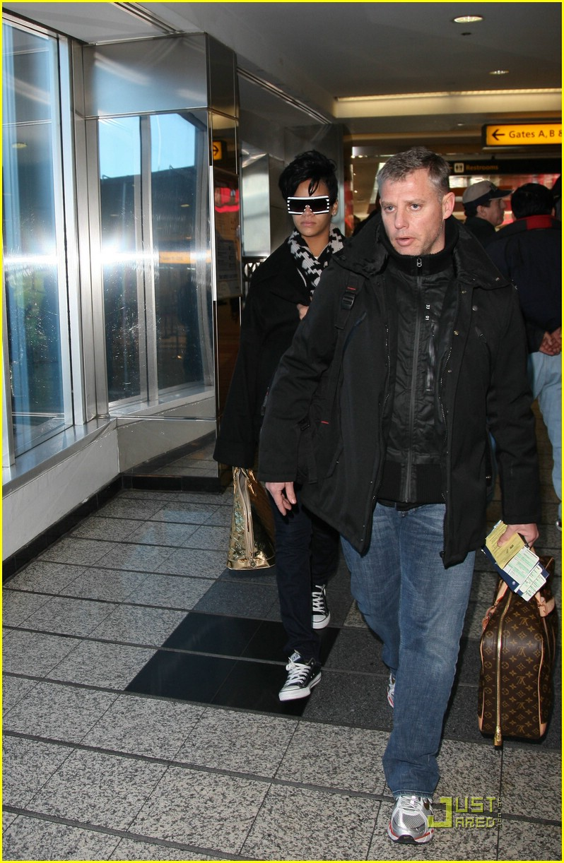 rihanna chris brown la guardia 02
