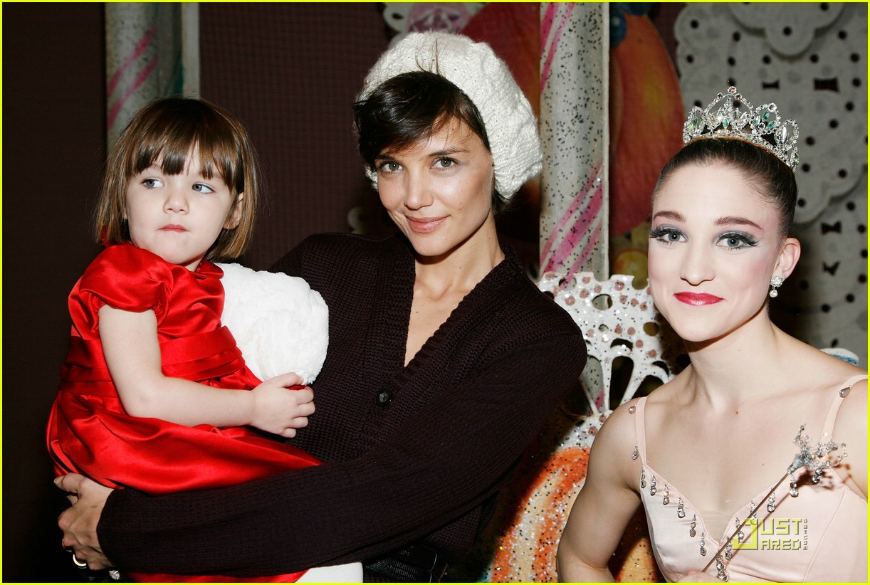 suri cruise nutcracker nice 031596651
