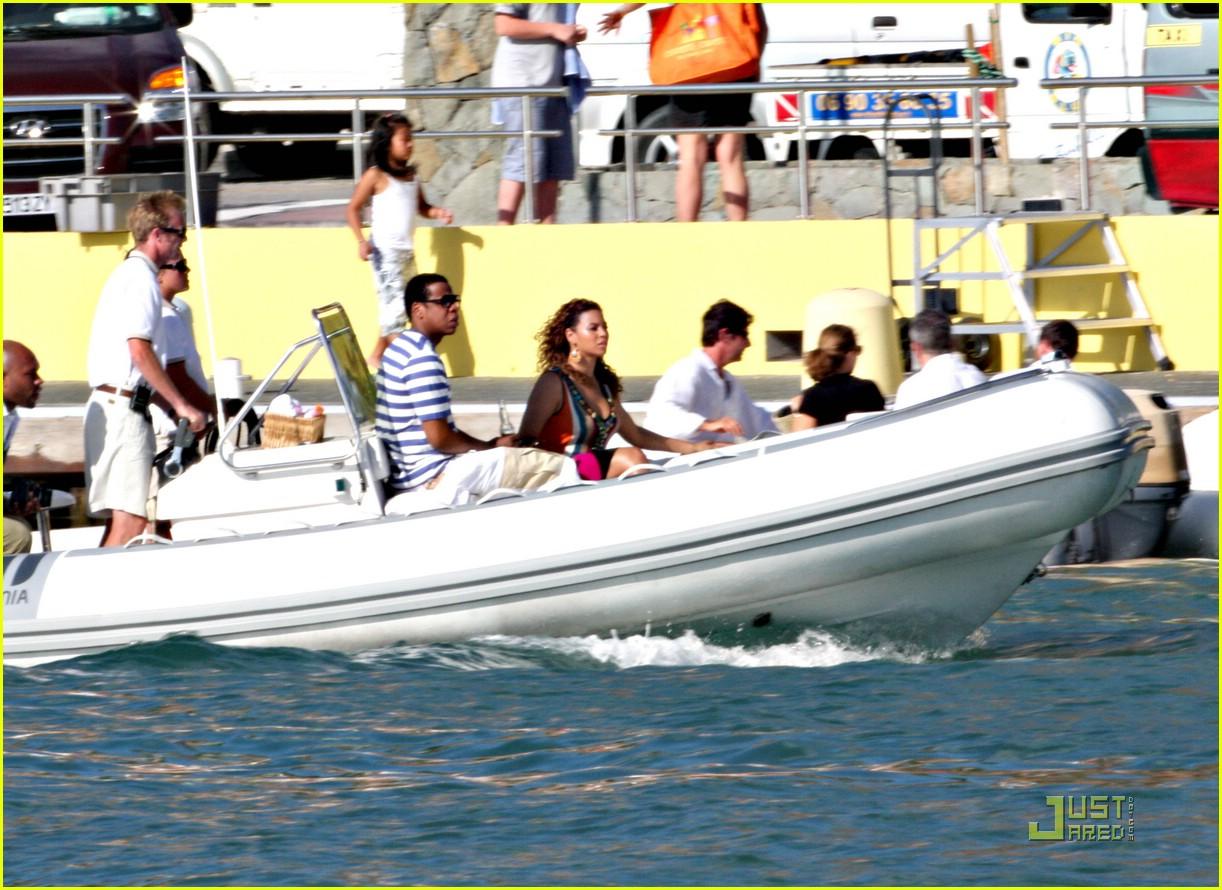 beyonce jay z st barts boating 051625171