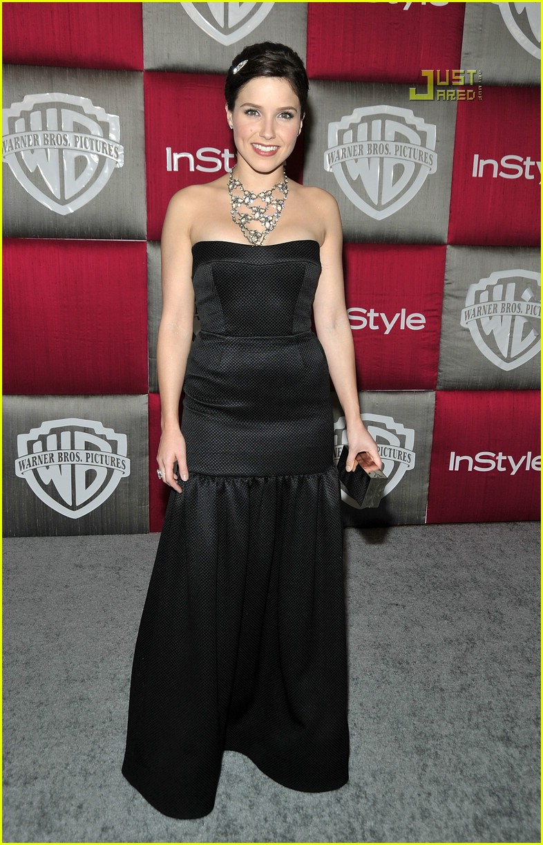 sophia bush golden globes 01