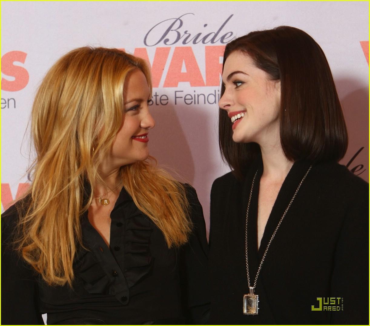 Anne Hathaway And Kate Hudson Bride Wars